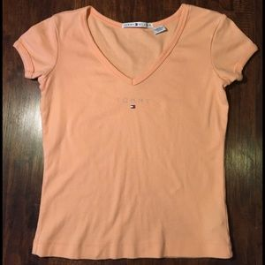 Tommy Hilfiger / Peach V-Neck Tee 🍑